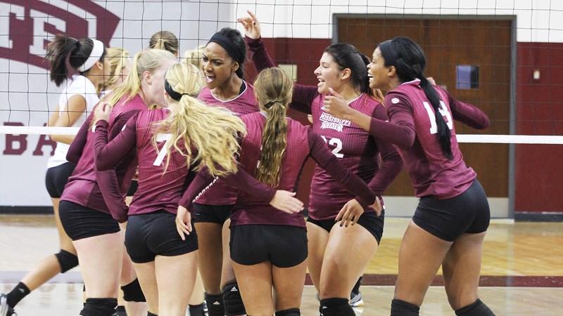 Bulldog Volleyball Takes Down Southern Miss In Five-Set Thriller - Mississippi State University